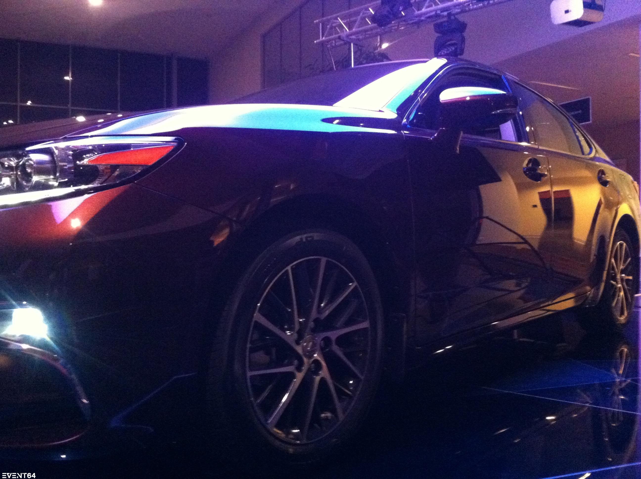 Презентация Lexus ES